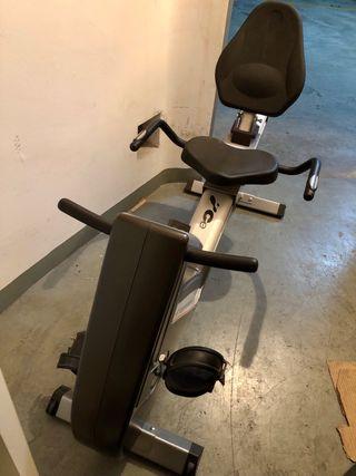 Bicicleta estática reclinable BH H855