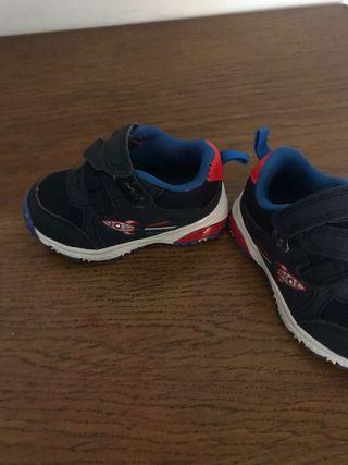 Pack zapatillas y sandalias bebé o niño - 2pares