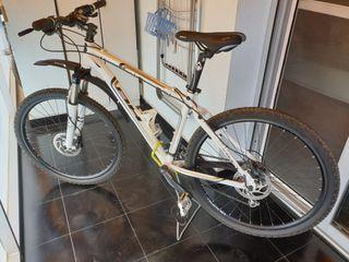 Bicicleta de montaña MTB talla M(1.60 a 1.75 +/-)