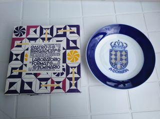 Plato cerámica Sargadelos escudo A Coruña