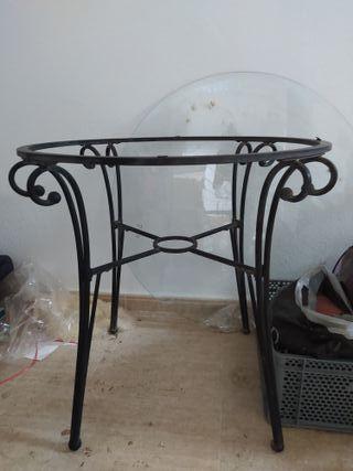 mesa de forja y cristal