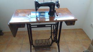 Máquina de coser Sigma antigua