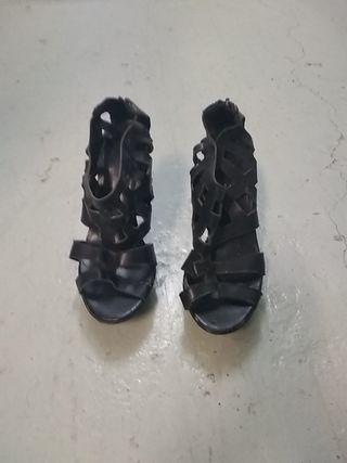 Sandalias en Cuero Negro