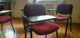 Sillas formación con mesa