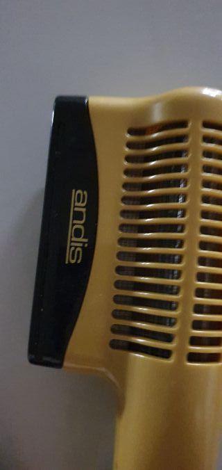 secador de pelo andis