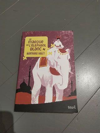 La marque de l'éléphant blanc Livre