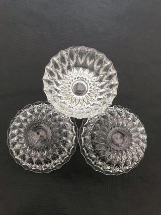 Glass bowls (set of 3)