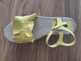 sandalia de plataforma Stradivarius