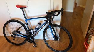 Bicicleta Carretera Carbono Giant Defy 1-HRD