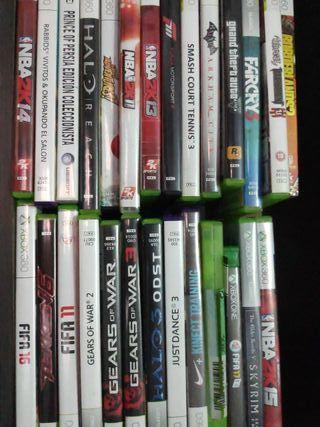 XBOX 360 con Kinect, 4 mandos y lote de juegos