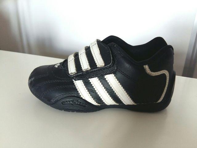 Resolver Shinkan esquina  Adidas Goodyear infantil talla 25 de segunda mano por 5 € en Segovia en  WALLAPOP