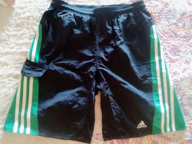 Pantalón deporte o bañador Adidas 12-14 o S o 36.