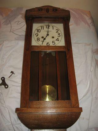 Reloj de pared maquinaria junghans