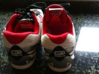 zapatillas atletismo con clavos