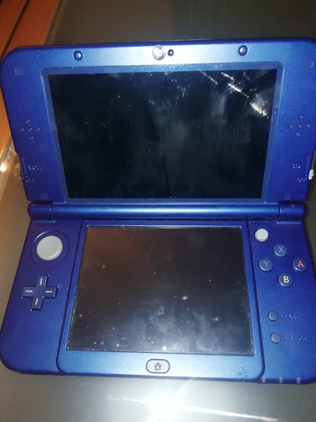 New Nintendo 3DS XL.