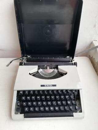 Máquina de escribir Toyota