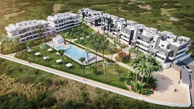 Piso en venta en Estepona Oeste - Valle Romano - Bahía Dorada en Estepona