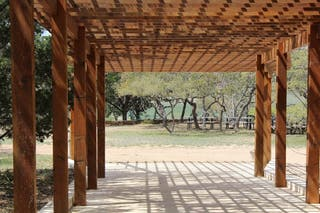 Porches de hierro.Porches de madera.Pérgolas
