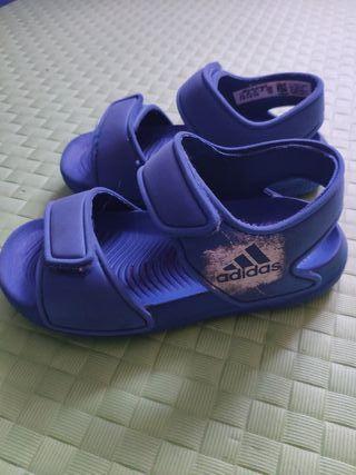 Sandalias Adidas numero 24
