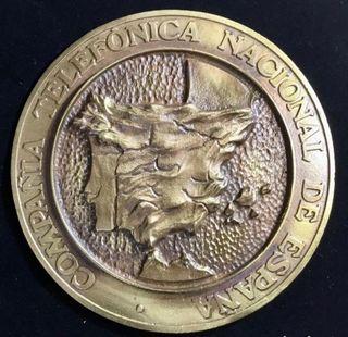 """Antigua pequeña placa """"bronce"""" de la CTNE"""