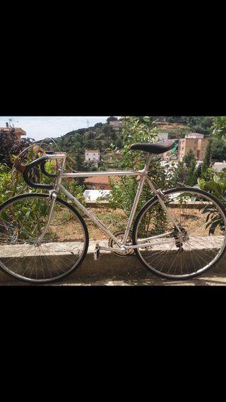 Vendo 2 bicicletas de carretera