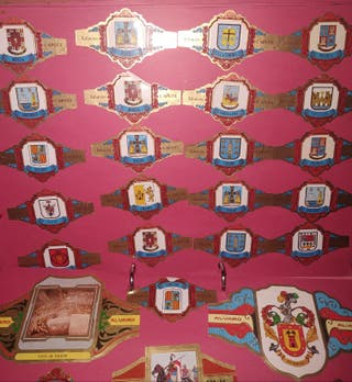 Álbum de vitolas antiguas, puros