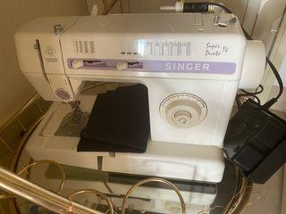 Maquina de coser de singer