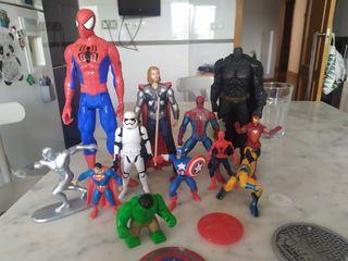 muñecos de superhéroes. marvel.