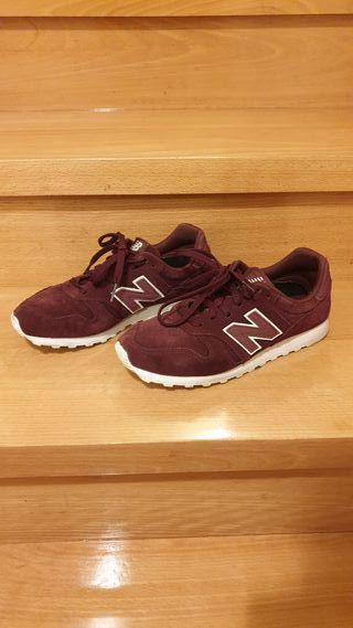 Zapatillas New Balance burdeos retro nuevas