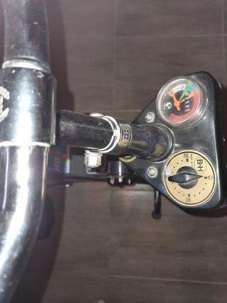 bicicleta estática. vendo por falta de espacio.