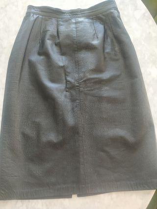 Falda en piel