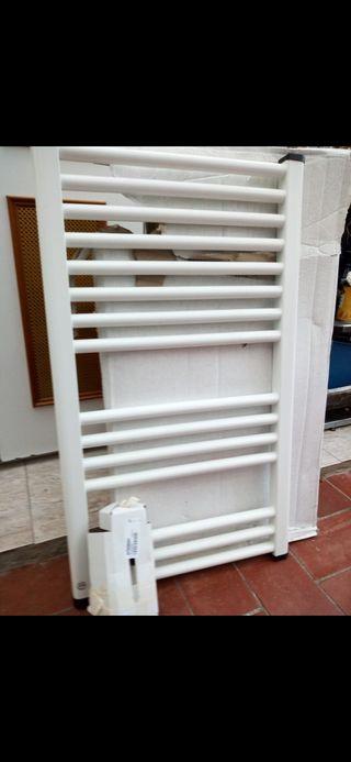 Toallero radiador de agua caliente
