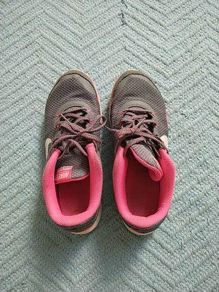 Zapatillas Nike training Flex TR 5