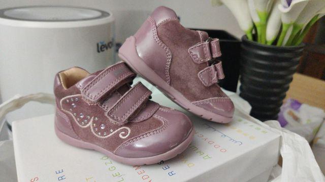 Desobediencia periódico matiz  Zapatos zapatillas Biomechanics y Geox talla 18 de segunda mano por 10 € en  Puçol en WALLAPOP