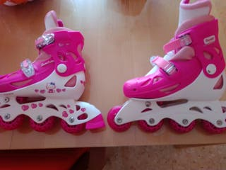 Patines de Hello Kitty con bolsa rosa incluida
