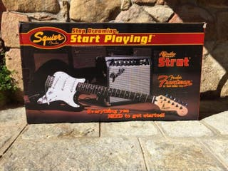 """Pack Fender Squier Stratocaster """"Start playing!"""""""