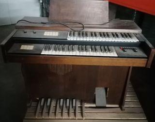 órgano, piano-electrónico