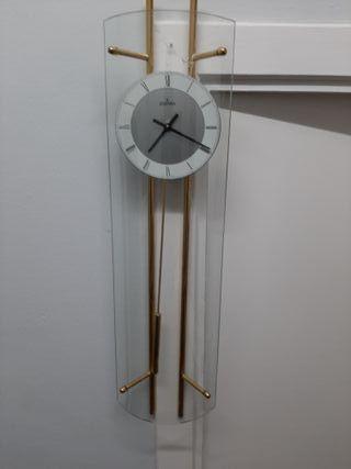 Reloj de pared Festina. Es nuevo