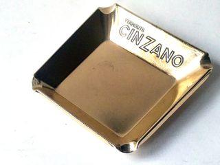 CENICERO CINZANO ALUMINIO ANODIZADO DORADO