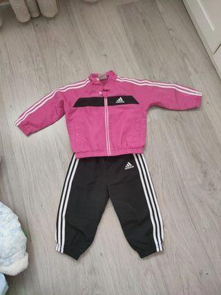 chándal bebe niña Adidas
