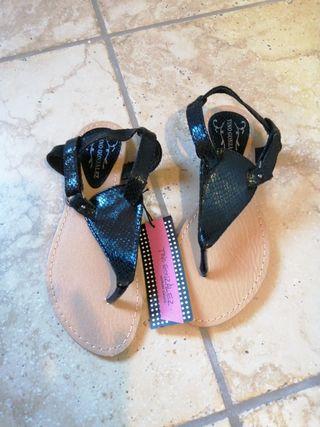 Sandalias nuevas! Último precio!!