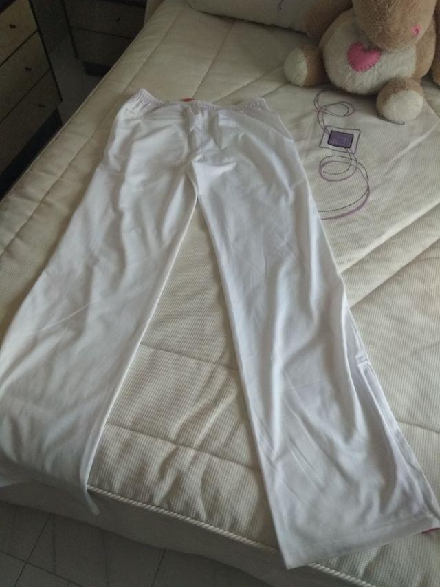 Pantalón Reebok