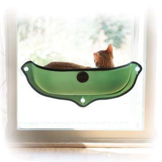 Cama cuna ventana gato