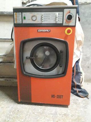 Rentadora / Lavadora Industrial HS-2007 Girbau