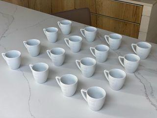 16 tazas pequeñas cerámica Nespresso