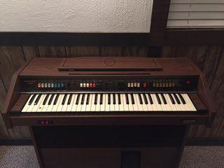 GEM Wizard 315 Electric organ