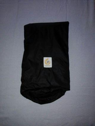 Funda impermeable para mochila ergobaby