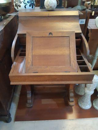 Mueble colonial