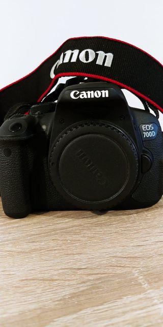 Canon Reflex con accesorios
