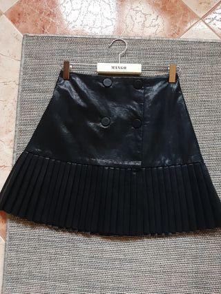 Falda piel Zara
